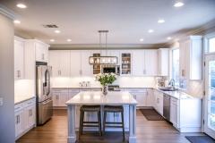 White-marble-kitchen-island-2