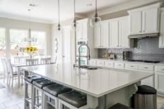 white-marble-kitchen-island